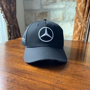 Official 2019 F1 Team Cap Black/ The Official AMG
